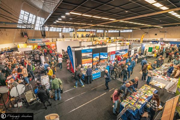 Teaserbild, Verlinkung zum Artikel: Kauf auf Fotomarkt /Fotomesse (Hinweise)